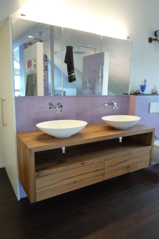 Badezimmer Lavabo vollständig aus Holz bestehend