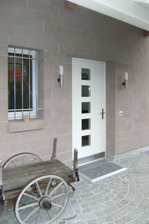 Schöne Eingangstür